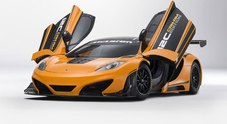 Astronave in carbonio a Pebble Beach: McLaren CanAm sfila in California