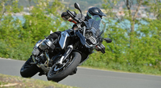 Bmw R 1200 GS, il model year 2016 affila le unghie per tener testa all'affondo delle rivali