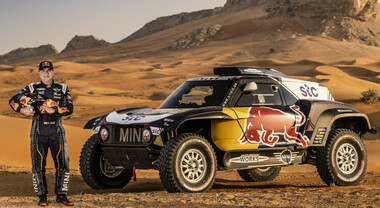 Dakar, le Mini di Carlos Sainz e Stephane Peterhansel subito in fuga